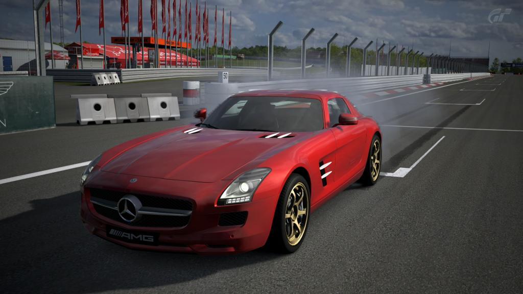 12 Nürburgring GP - Mercedes SLS Nuumlrburgring-GP_F_1_zpsa66b3a81
