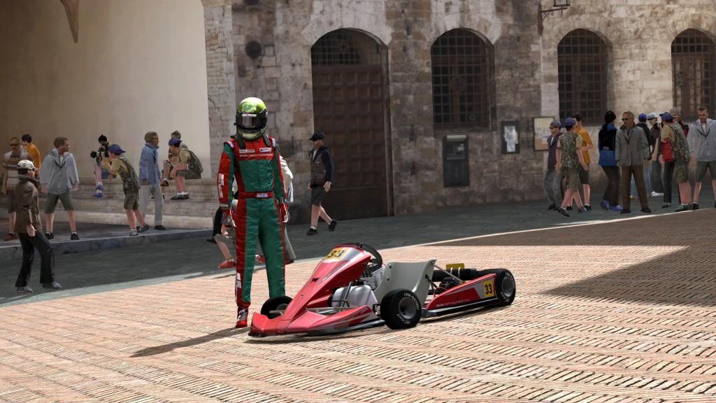 01  Bahía de Tokio - Karting SanGimignano_plazamayor_zps24780f76