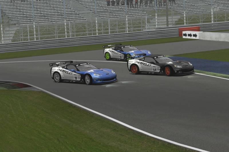 Final del Campeonato de Verano 2012 de GT5 con la victoria de abe_power en Monza Foto2-7