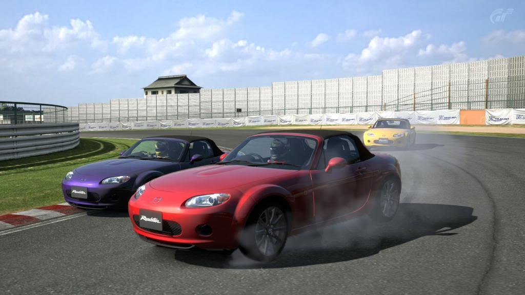 Neniko_18 gana comodamente en Tsukuba y Xinxillaman consigue la victoria en GT2 Fotopoli