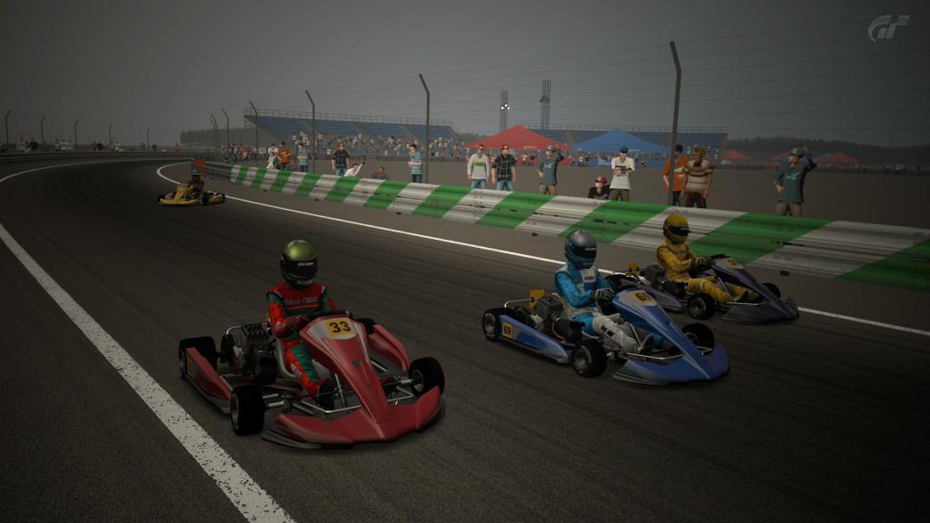 Neniko_18 (GT1) y Nacho2112 (GT2) primeros ganadores de la temporada en GT5  Poli2-1