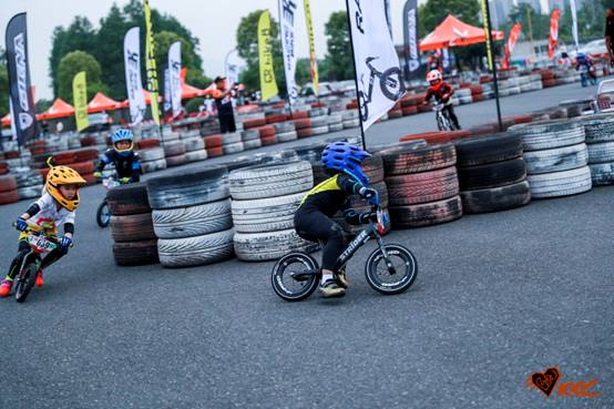 Bike8儿童平衡车大赛,让孩子每一次成长都值得铭记 C2b959a83882f5cc