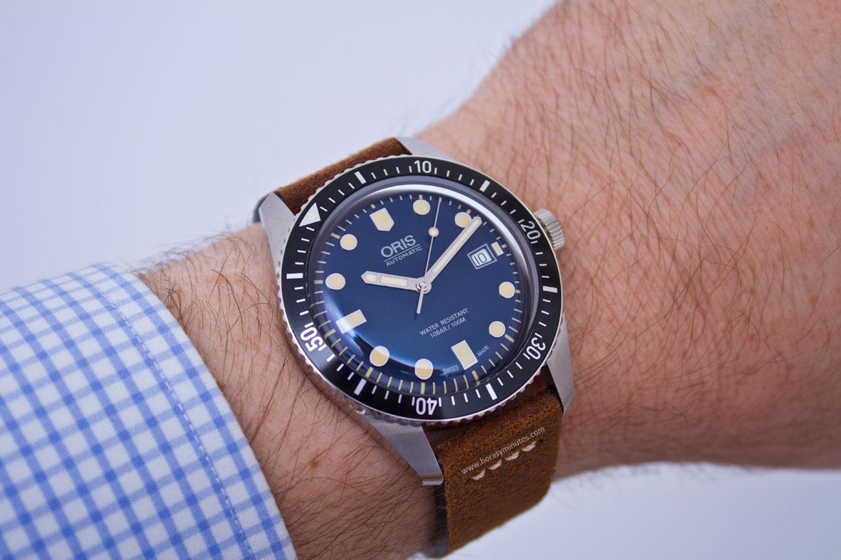 Oris Diver 65 Oris-Sixty-Five-42-mm-6-Horasyminutos-1