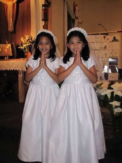 Abri & Ari's 1st Holy Communion May 2009 WIMG_2192