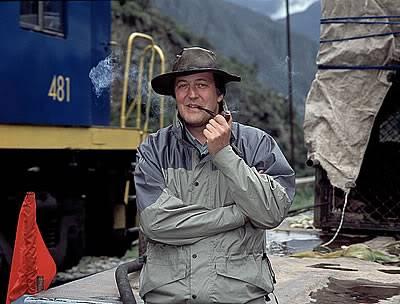 Stephen Fry, a Holmes rajongó művész L_3849