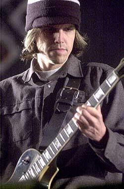 Vos guitaristes préférés!! Tool