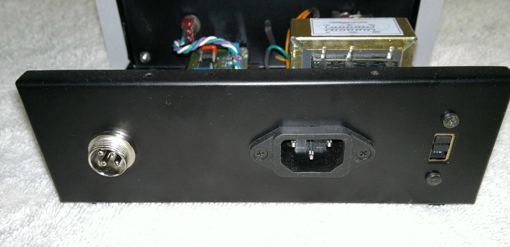 Sistema 2ch estéreo (mutante) do LUKE - Página 21 2012-12-21-209_zpsa558b4c7