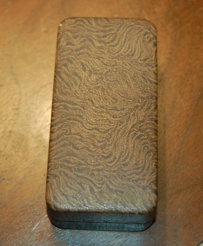 GIllette Sheraton Case-top