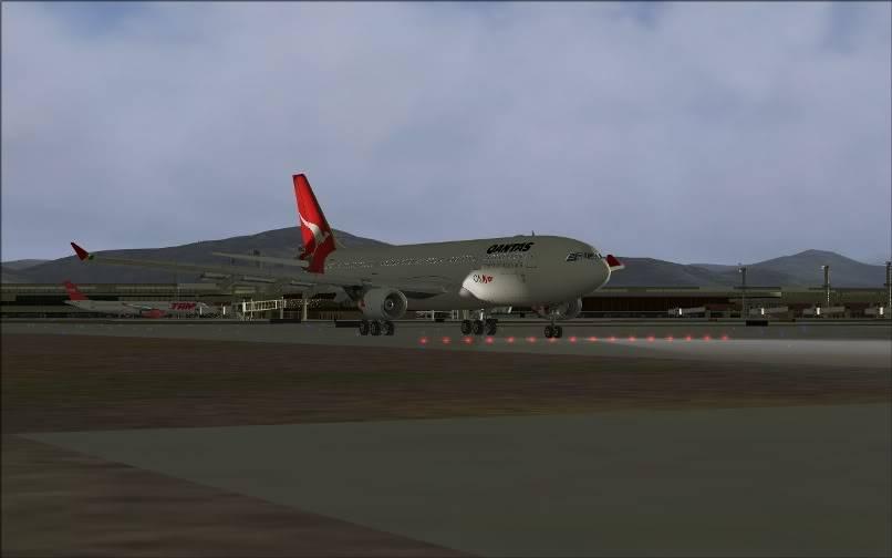 [FS9] SBGR - SUMU / A330 Qantas FS2004-008