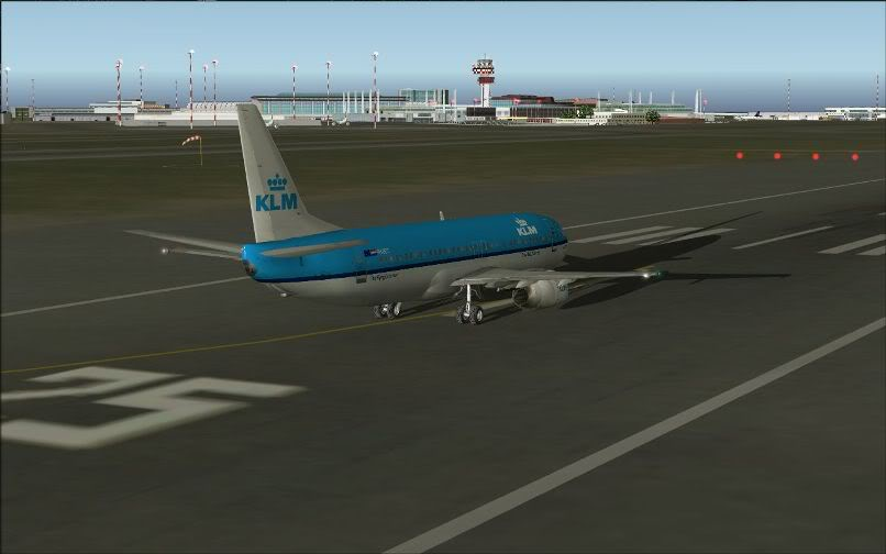 [FS9] LIRF - LOWI / 737 KLM FS2004-008