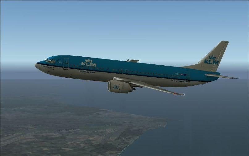 [FS9] LIRF - LOWI / 737 KLM FS2004-011