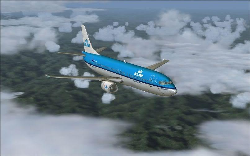 [FS9] LIRF - LOWI / 737 KLM FS2004-017