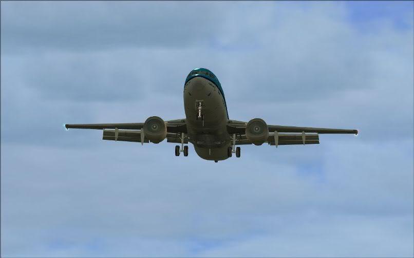 [FS9] LIRF - LOWI / 737 KLM FS2004-033