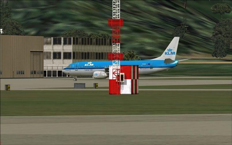 [FS9] LIRF - LOWI / 737 KLM FS2004-039