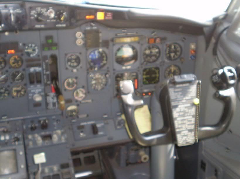 [REAL] Luanda - Benguela / 737-200 TAAG P6170068