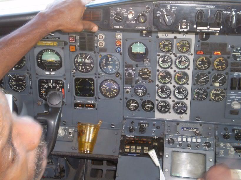 [REAL] Luanda - Benguela / 737-200 TAAG P6170071