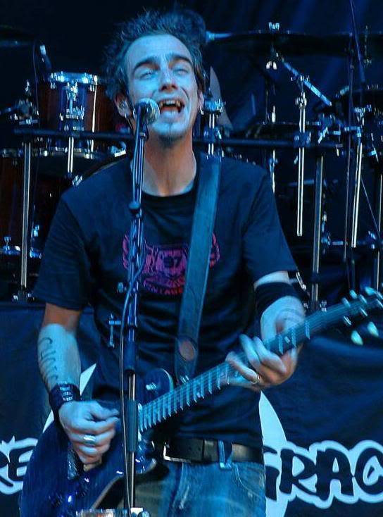 Pictures of the band Adam18