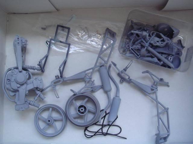 1/9 Ducati Monster S4 Foggy WIP DSC01234