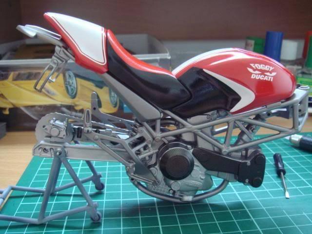 1/9 Ducati Monster S4 Foggy WIP DSC01238