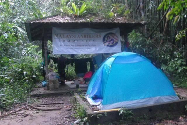 Treking ke Kem Lolo & G.Nuang Anjuran MBC (11-12 Feb 2012) SDC16315