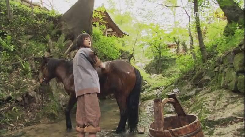 Yoo Seung Ho -->Kim Chun Chu TheFourGodsE02KORHDTVx264-MickEyBAB