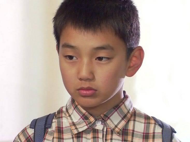 Yoo Seung Ho -->Kim Chun Chu Ysh2