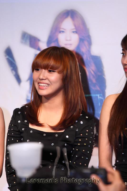 Miss A firma de discos en Singapur MissA110929_08