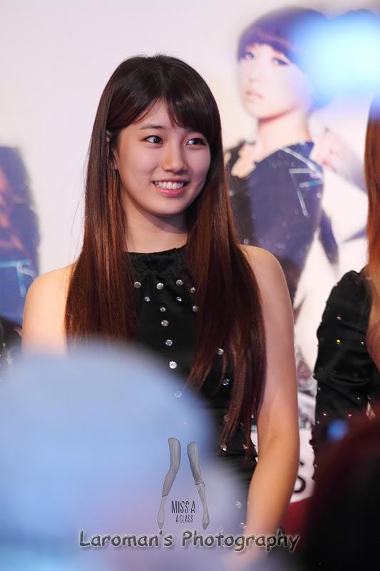 Miss A firma de discos en Singapur MissA110929_09