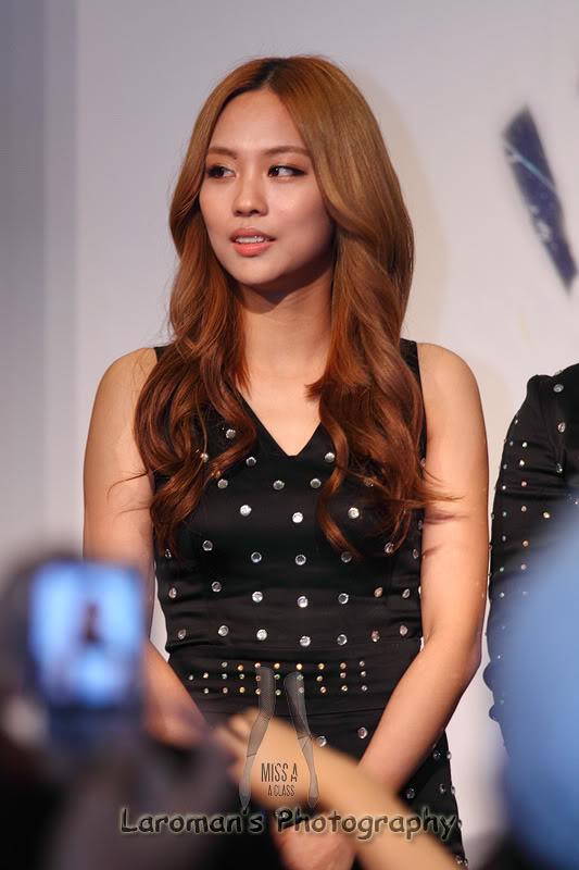 Miss A firma de discos en Singapur MissA110929_20