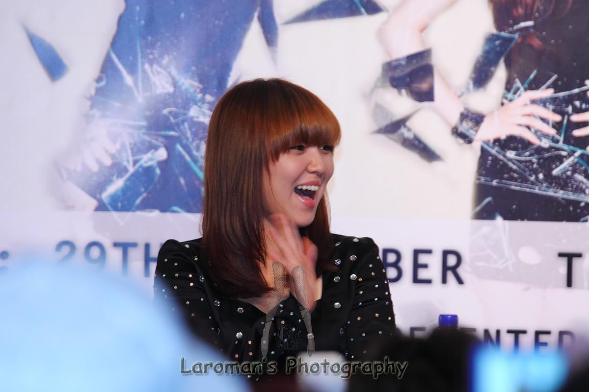 Miss A firma de discos en Singapur MissA110929_23