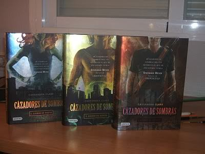 ¡¡Va de libros!! CazadoresdeSombras-1