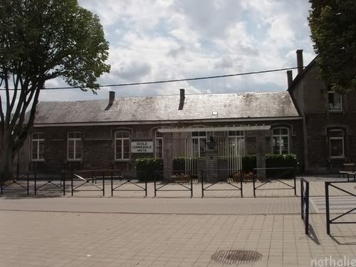 la ville de MARIEMBOURG. Villemariembourgecole2