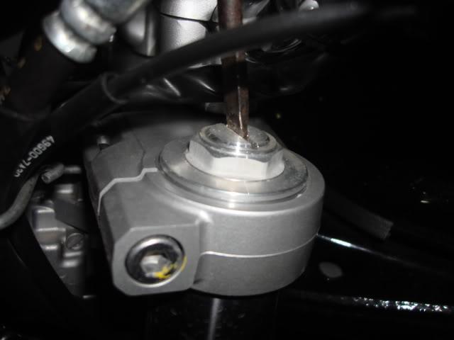 Regulagem da suspensão dianteira Bandits - Página 4 DSC03187