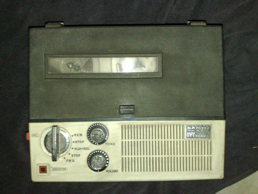 Sanyo Tape Recorder - Ivy Younger 230720123603_zps7e5697f5