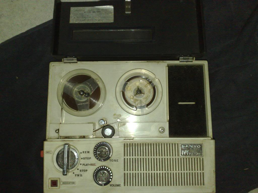 Sanyo Tape Recorder - Ivy Younger 230720123604_zps940d8947