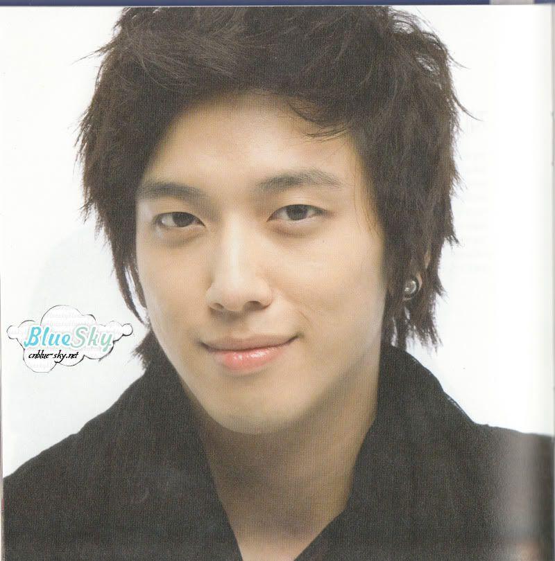 Photos en vrac de Yonghwa - Page 4 Yb4