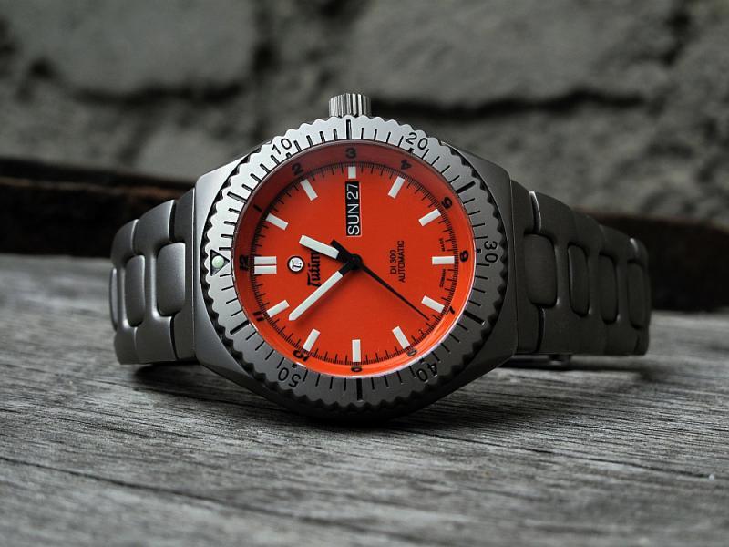 Les autres marques de montres de plongée Tutima-DI-300-027_zps758cc7f8