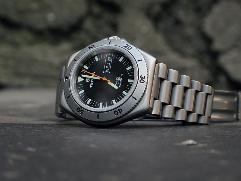Les autres marques de montres de plongée TutimaPacific-016_zps3b36d9a6