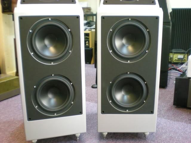 Wilson Audio WATT Puppy System 8 speakers (Display) Picture231