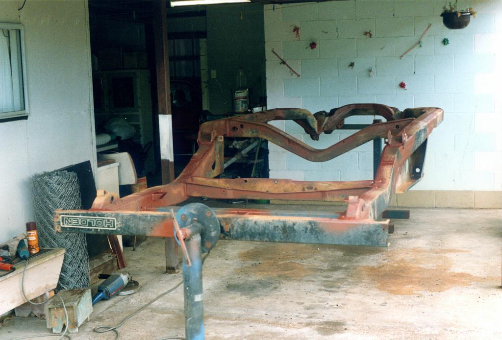 Rusty's HJ 1 Tonner Project. Ant1T011_zps8fae4e4b