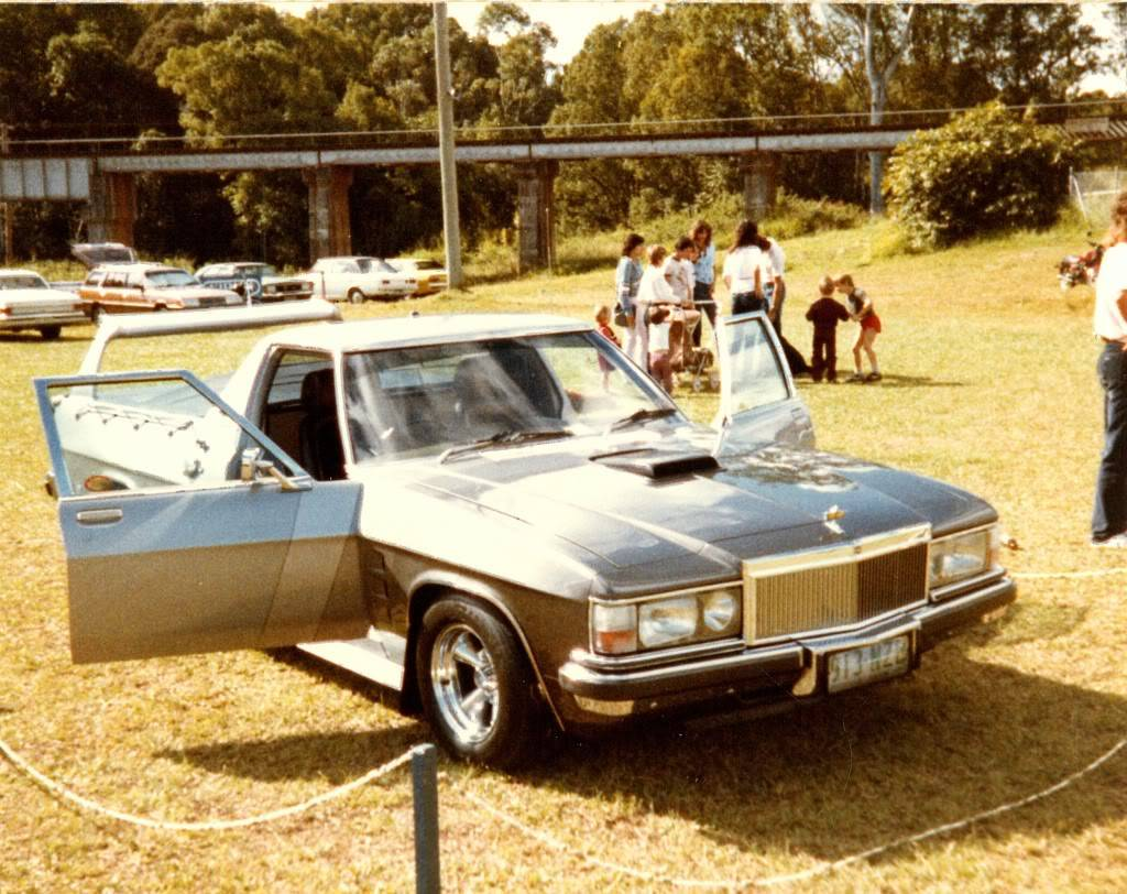 Silver/Grey WB Front Holden SCAN5147_001