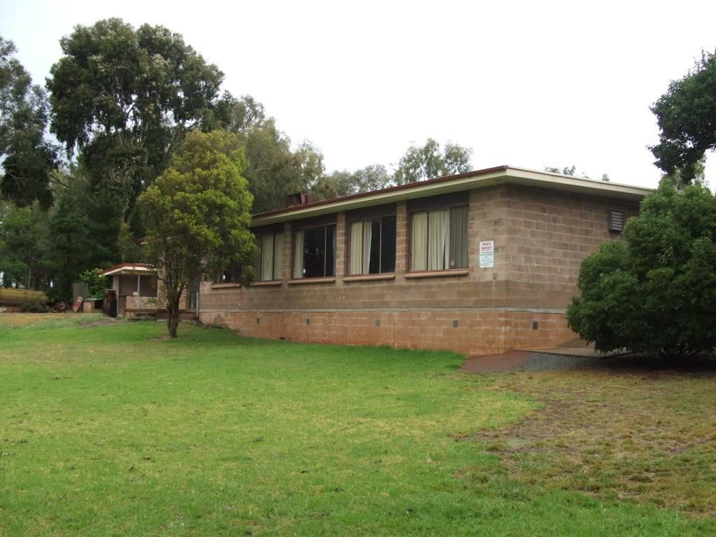 Albury: Eastern States Van-In, Easter 2012 - Camping & Entry Fees. DSCF8031