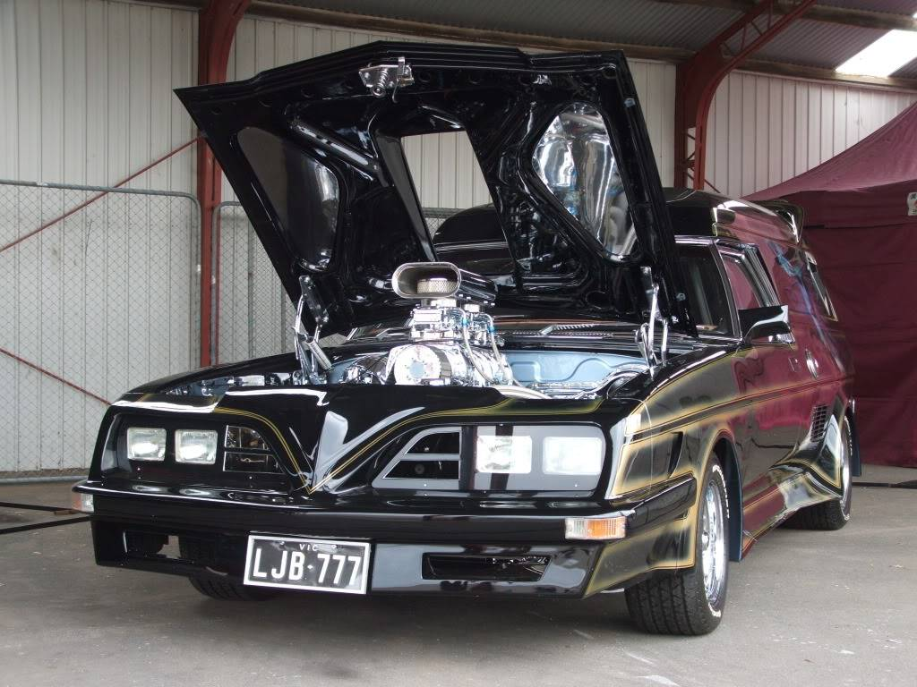 How Many Different TransAm Fronts were there on Aussie Vans/Cars? StreetLegalDSCF3915