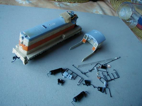 ... Umbau einer H0 Baldwin Switcher von Walters Modell..... P1010003