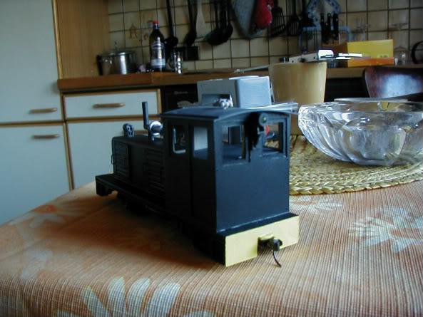 ... Umbau einer H0 Baldwin Switcher von Walters Modell..... - Seite 2 P1010010