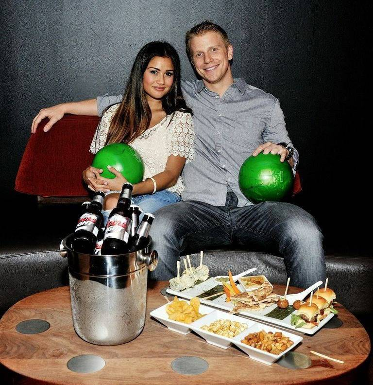 Sean & Catherine Lowe - Pictures - No Discussion - Page 4 C8ab7f48e385d2fb86742c5831b7da4a_zps03858d3b