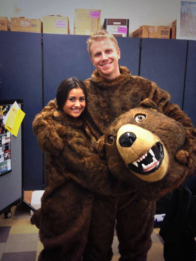 Sean & Catherine Lowe - Pictures - No Discussion - Page 6 34e8d033b66c517fdd3d798b6a7b167e_zpse9f6a623