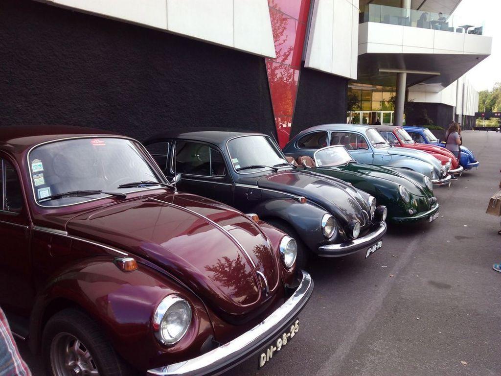Exposição Clássicos Volkswagen | 1 a 10 maio'15 | C.C. Mira-Maia IMG_20150509_164257_zpssnl5af0y