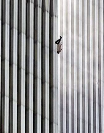 FOTOS QUE HAN HECHO HISTORIA The-falling-man