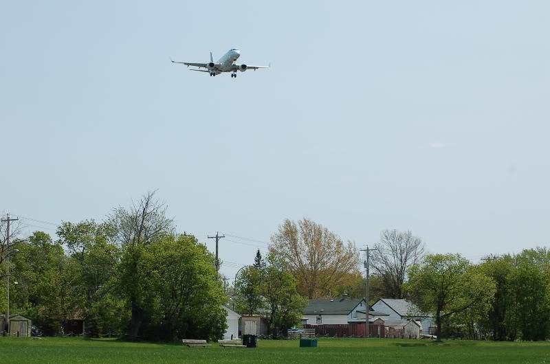 Winnipeg James Armstrong Richardson International Airport (YWG / CYWG) DSC_0839
